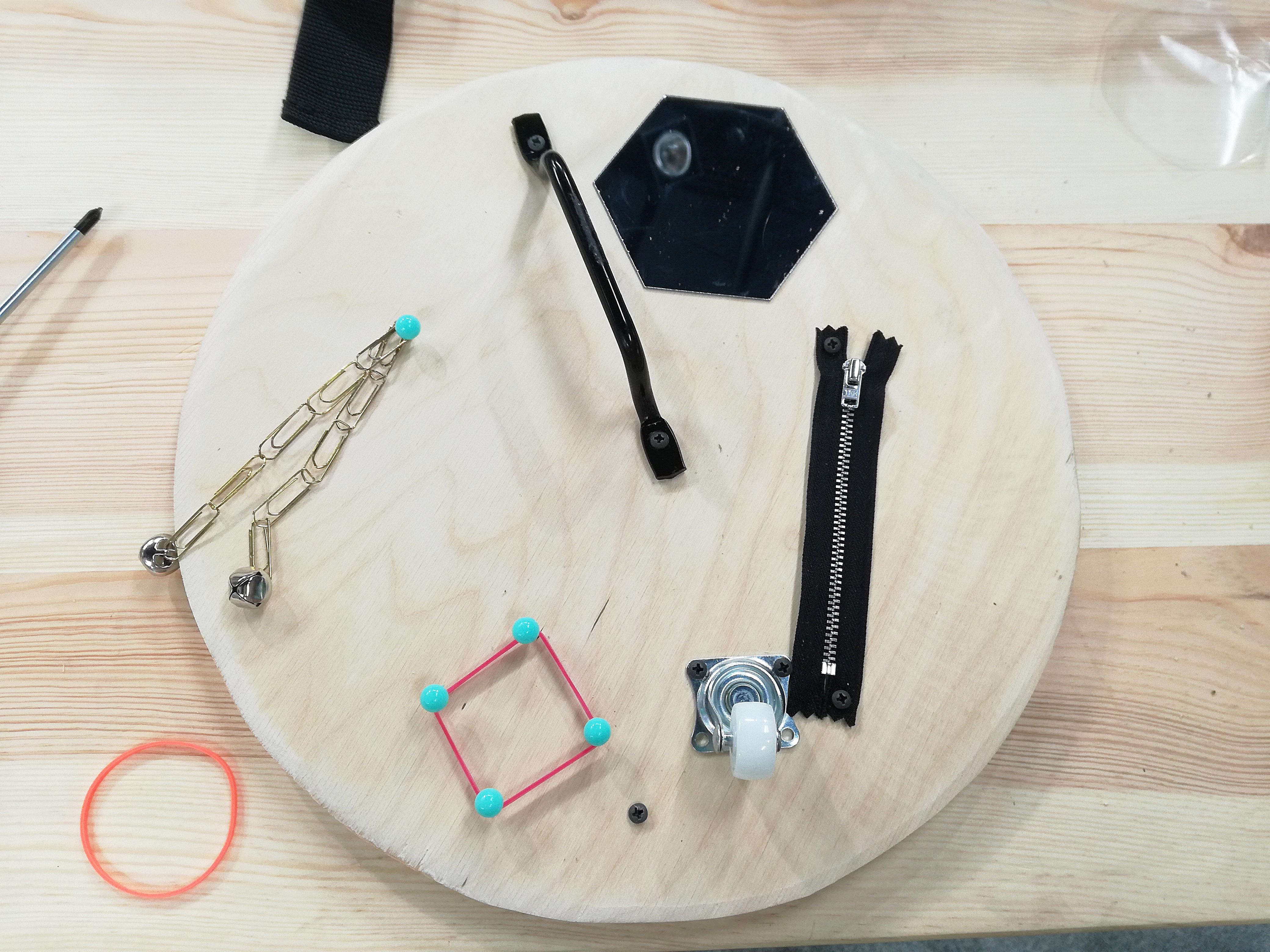 Jak zrobić tablicę manipulacyjną DIY